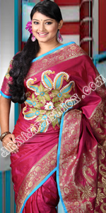 send gift to bangladesh, send Exclusive Silk Sari to bangladesh, bangladeshi Exclusive Silk Sari, bangladeshi gift, send Exclusive Silk Sari on valentinesday to bangladesh, Exclusive Silk Sari