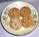 send gifts to bangladesh, send gift to bangladesh, banlgadeshi gifts, bangladeshi Kodom Laddu