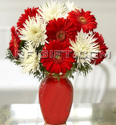 Send Thailand Gerbera With Vase to Bangladesh, Bangladesh Newspaper, Bangladeshi gift, send gifts to bangladesh, send gift to bangladesh
