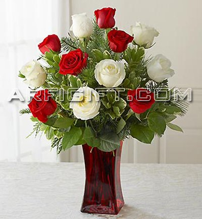 Send Thailand  Rose With Vase to Bangladesh, Bangladesh Newspaper, Bangladeshi gift, send gifts to bangladesh, send gift to bangladesh